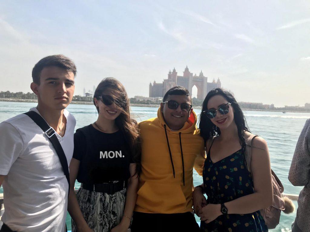 Bateau marina Dubaï