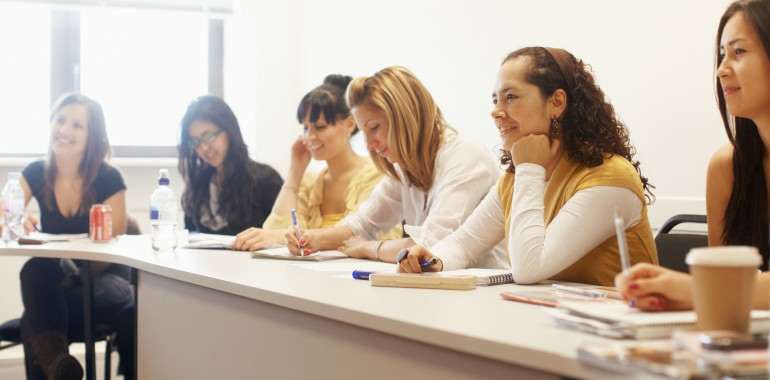 cours anglais voyage langue classe etudiants