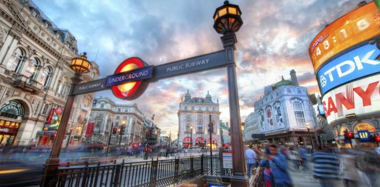 sejour linguistique voyage langue rue Piccadilly londres