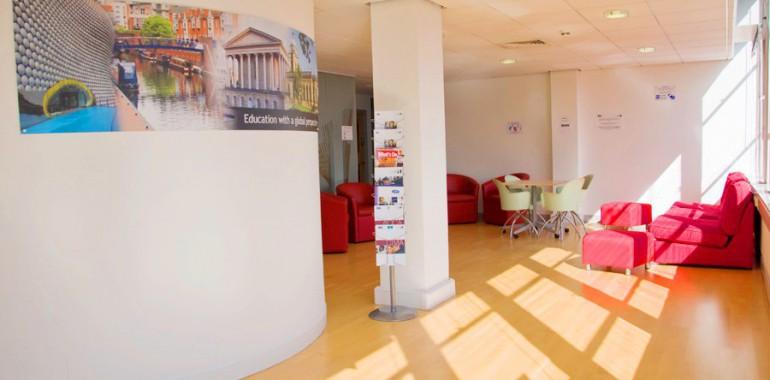 The Language Gallery sejour linguistique Voyage Langue Birmingham