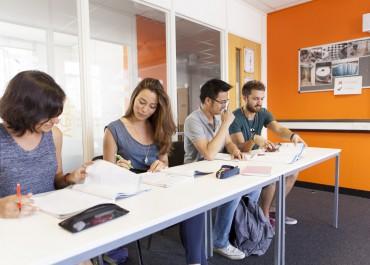 11 mois d'English Semester standard