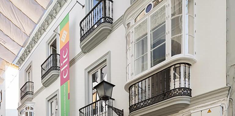 ecole clic voyage langue school building