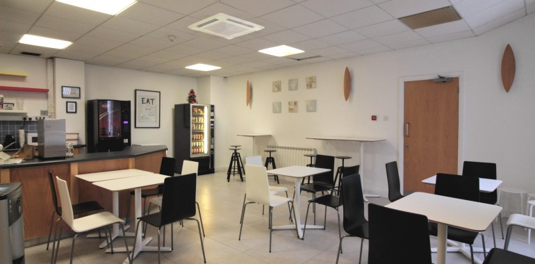 cafetaria sejour linguistique apollo voyage langue