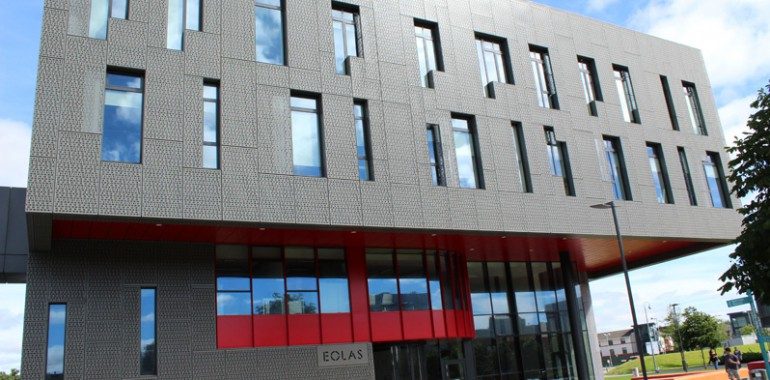 campus building at maynooth university voyage langue