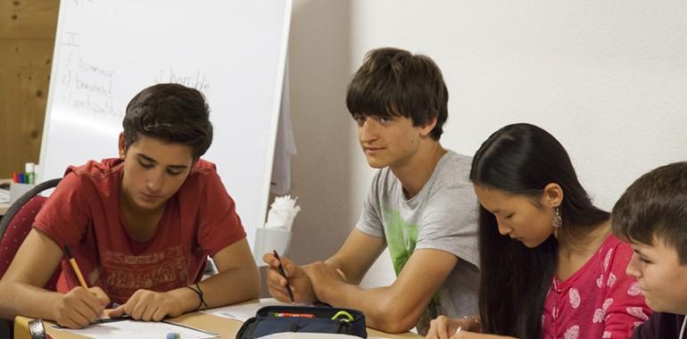 cours d anglais en suisse adolescent