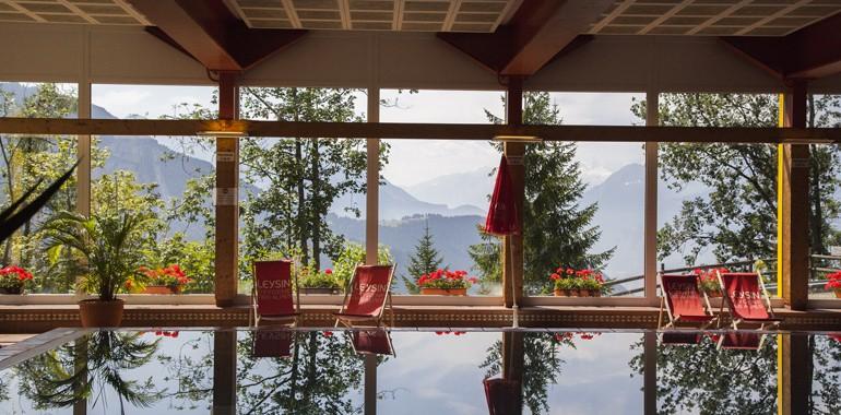 sejour linguistique anglais en suisse alpadia piscine