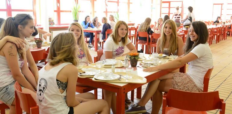 summer camp berlin voyage langue